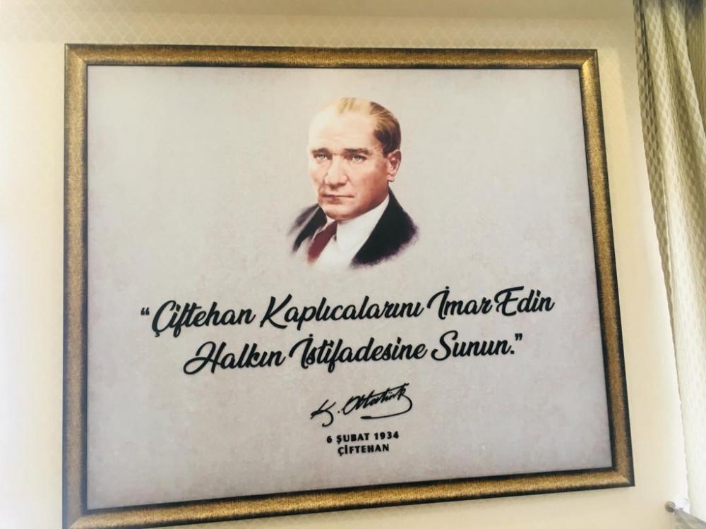 Atatürk'e yapılacak daha büyük bir kötülük var mı acaba ? 1