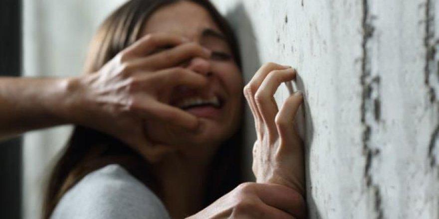 Mezarlıkta 5 kişinin cinsel istismarına uğradı,intihar etti