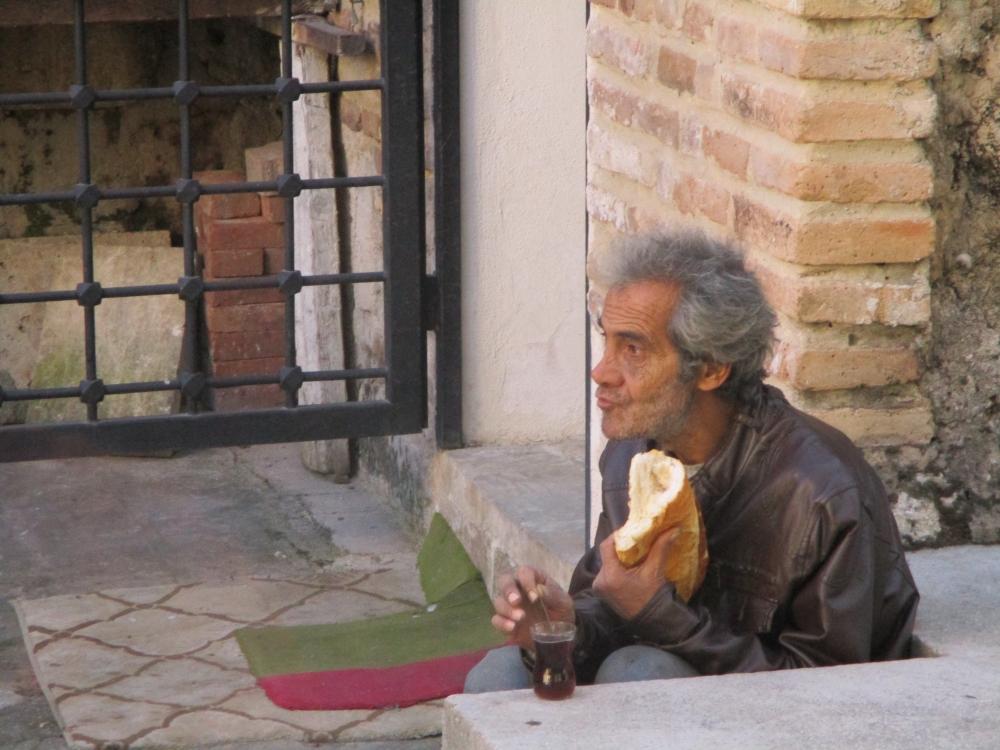 Yaşamın anlamı: Bir dilim ekmek 1