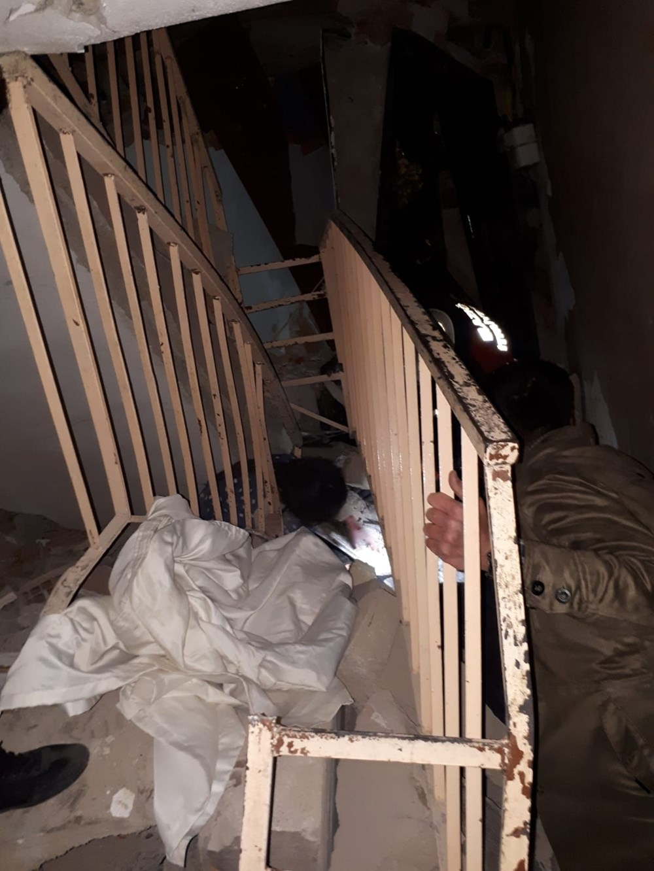 Elazığ deprem sonrası çarpıcı görüntüler 6