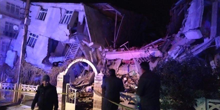 Elazığ deprem sonrası çarpıcı görüntüler
