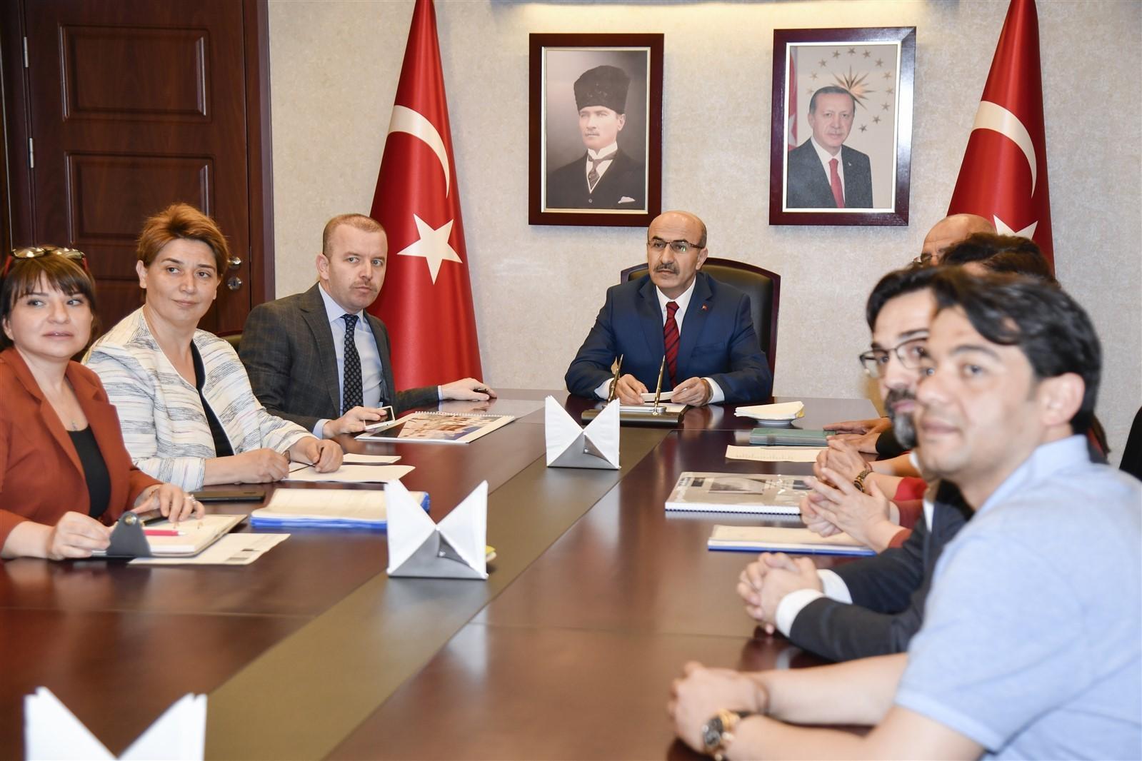 """Vali Demirtaş: """"Tarihi ve kültürel varlıklarımızı geleceği aktaracağız"""""""