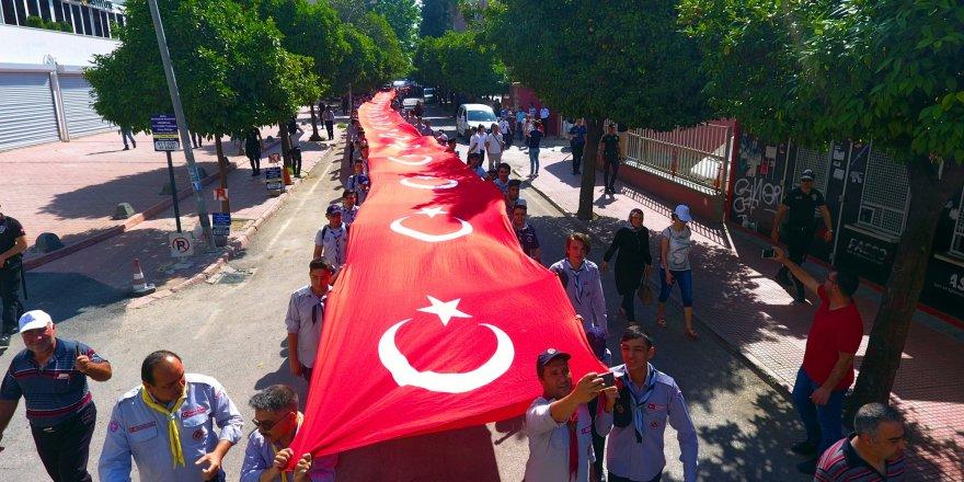 Adana'da Atatürk'ü anma ve gençlik haftası etkinlikleri başladı