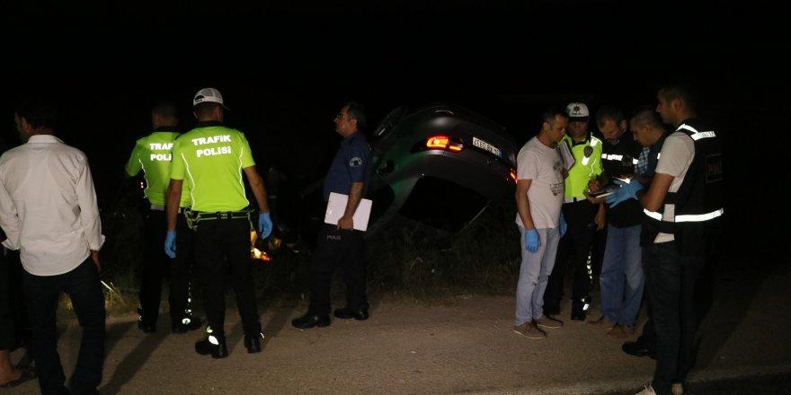 Takla atan aracın penceresinden fırlayan kadın hayatını kaybetti