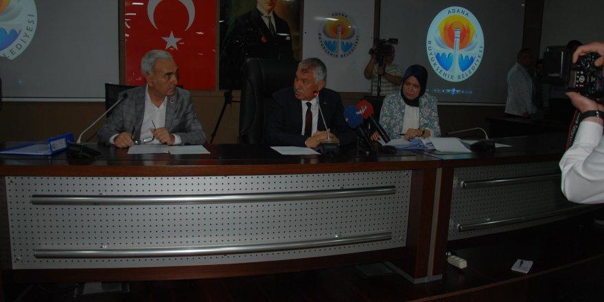 Adana Büyükşehir Belediye Meclisi tiyatro salonunda toplansın