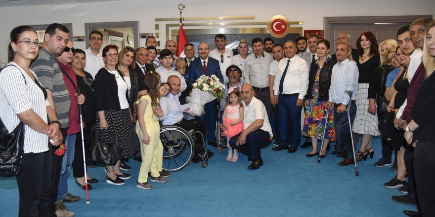 Engelliler Haftasında Vali Demirtaş'a ziyaret