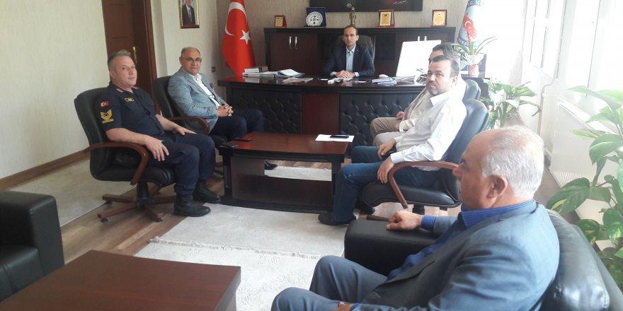 Kaymakam Muammer Sarıdoğan başkanlığında güvenlik ve asayiş toplantısı yapıldı.