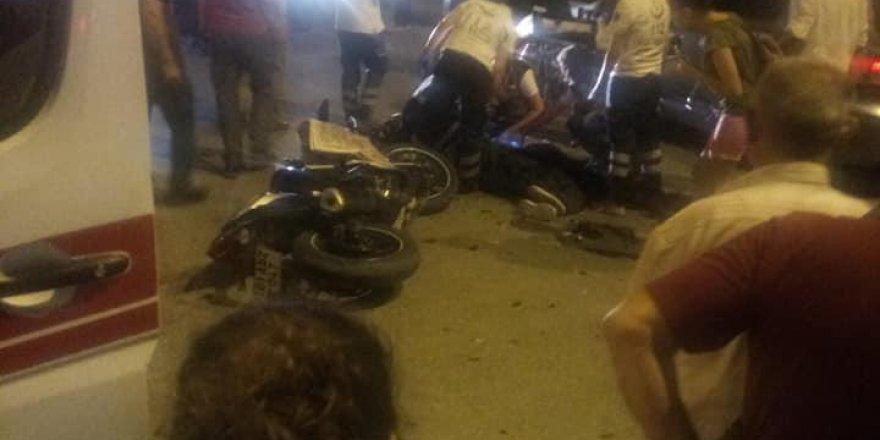Otomobile çarpan motosikletin sürücüsü öldü..!