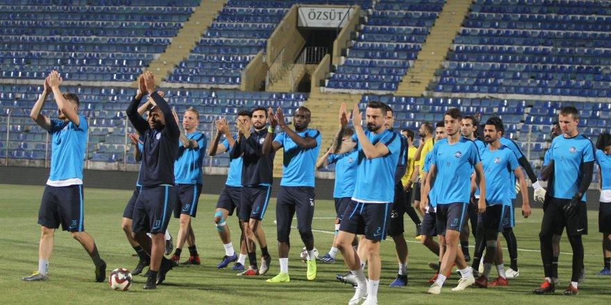 Adana Demirspor, play-off yarı final maçının antrenmanlarını tamamladı..!