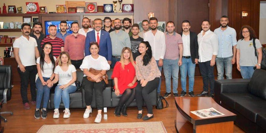 Soner Çetin: CHP'yi gençler büyütecek