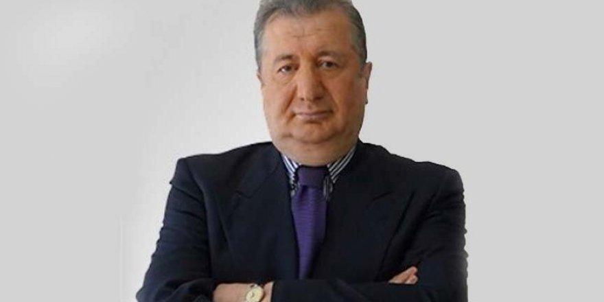 Odatv yazarı Sabahattin Önkibar saldırıya uğradı.