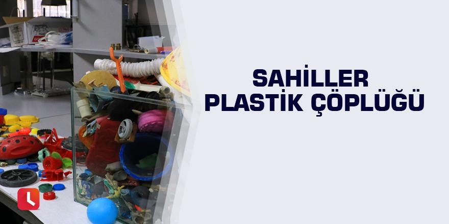 Sahiller plastik çöplüğü