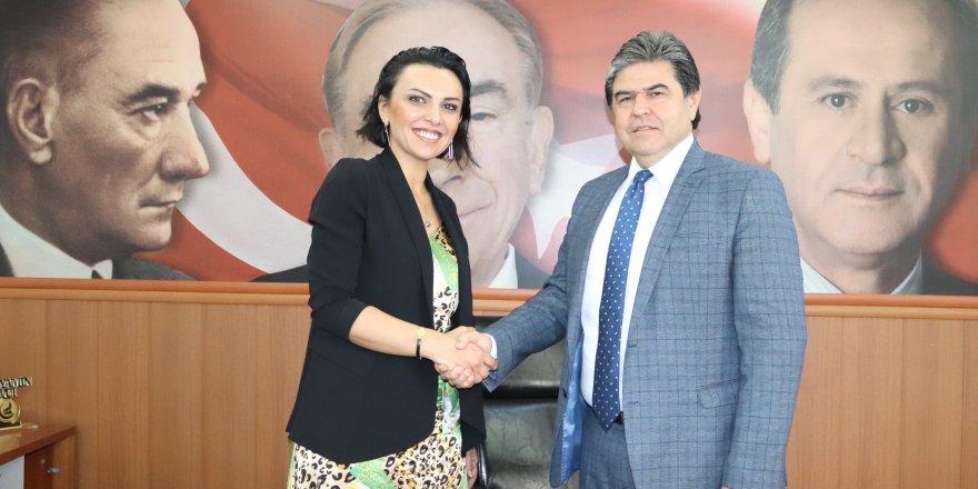 MHP kadın kolları başkanlığı görevini Alev Ataş üstlendi