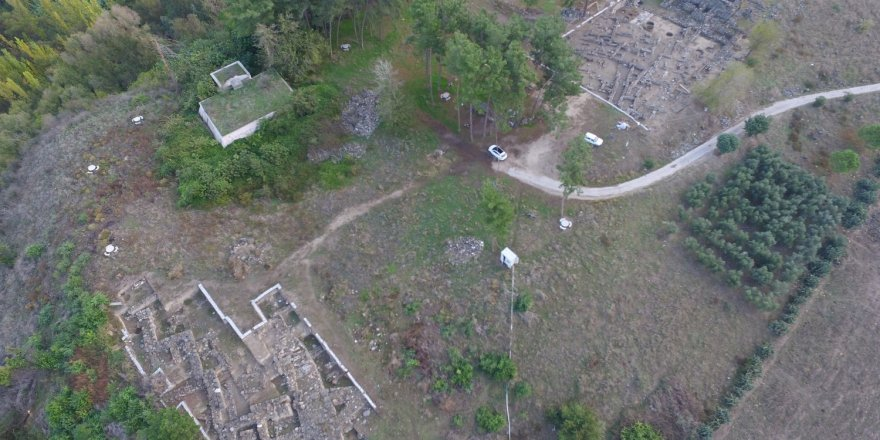 Ceyhan'ın doğusunda bulunan Tatarlı Höyükte 12. dönem kazıları başladı