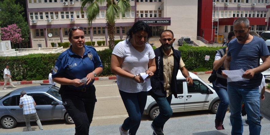 Rüşvet iddiasında 2 memur adli kontrolle serbest