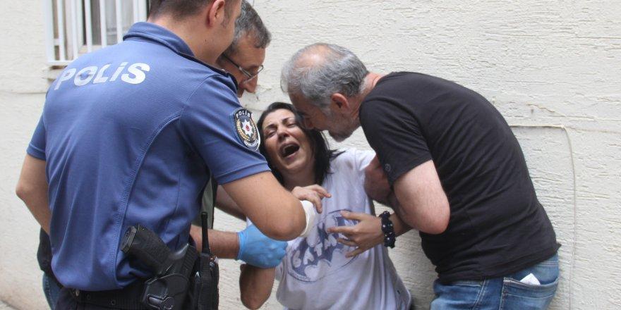 İntihar eden oğlunun ardından feryat eden anne yürekleri dağladı