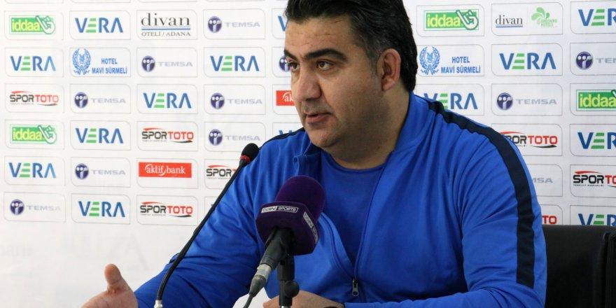 """Adana Demirspor Teknik Direktörü Ümit Özat, lige """"Ramazan ayarı"""" istedi"""