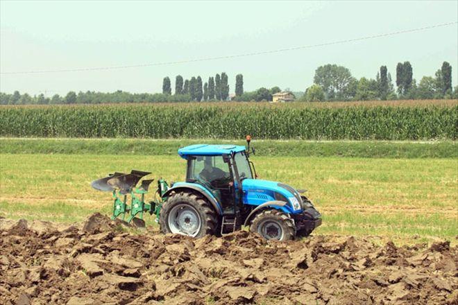 traktor-uretimin-kalesi.jpg
