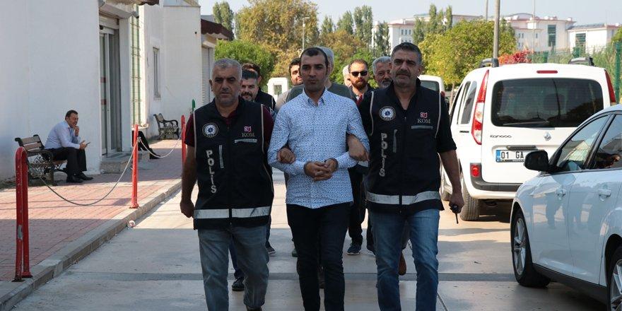 FETÖ'nün Türkiye finansman sorumlusunu Adana polisi yakaladı